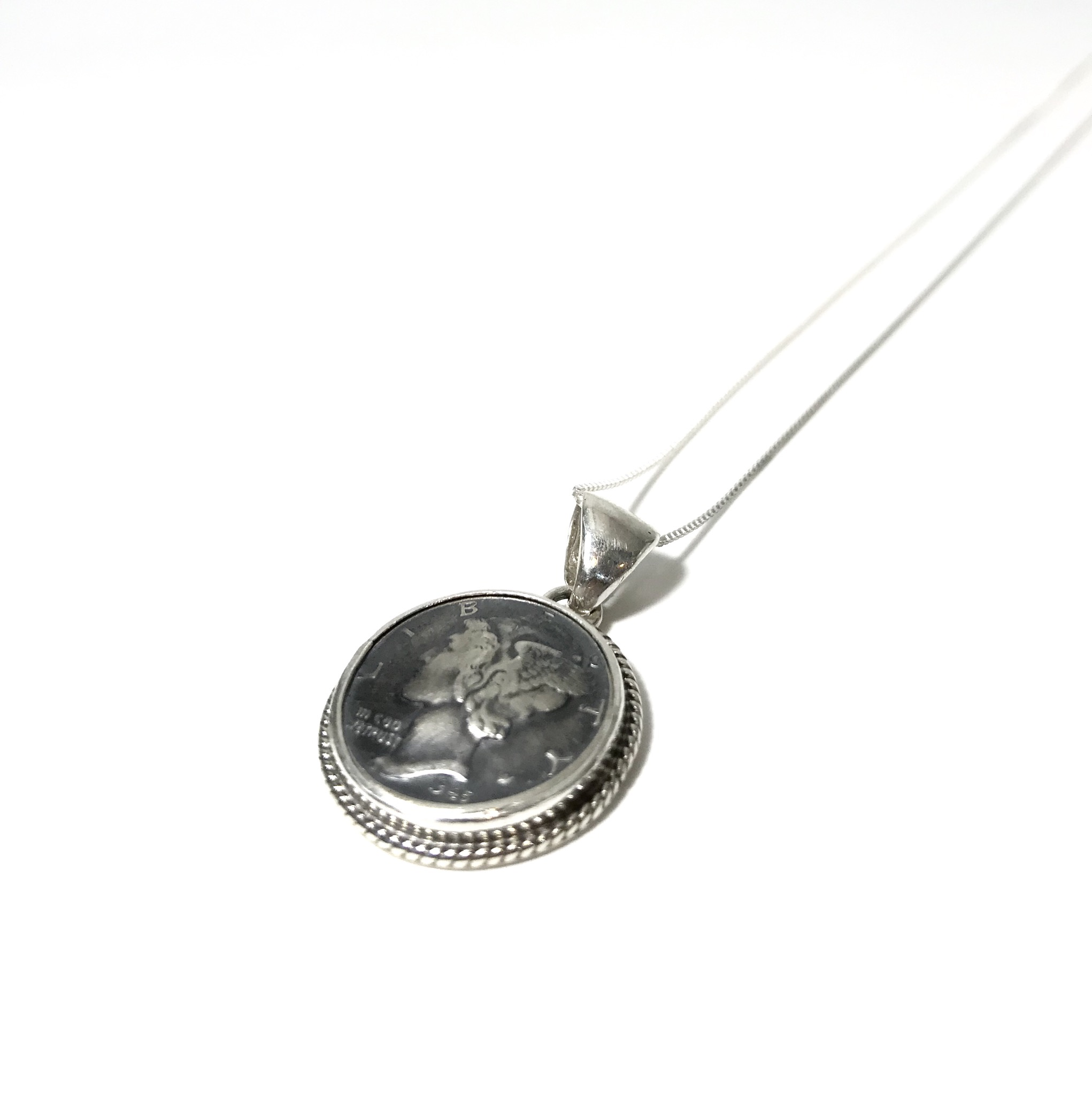 INDIAN JEWELRY  NAVAJO族 P.Skeets作 COIN NECKLESS /ナバホ族  コイン ネックレス インディアンジュエリー
