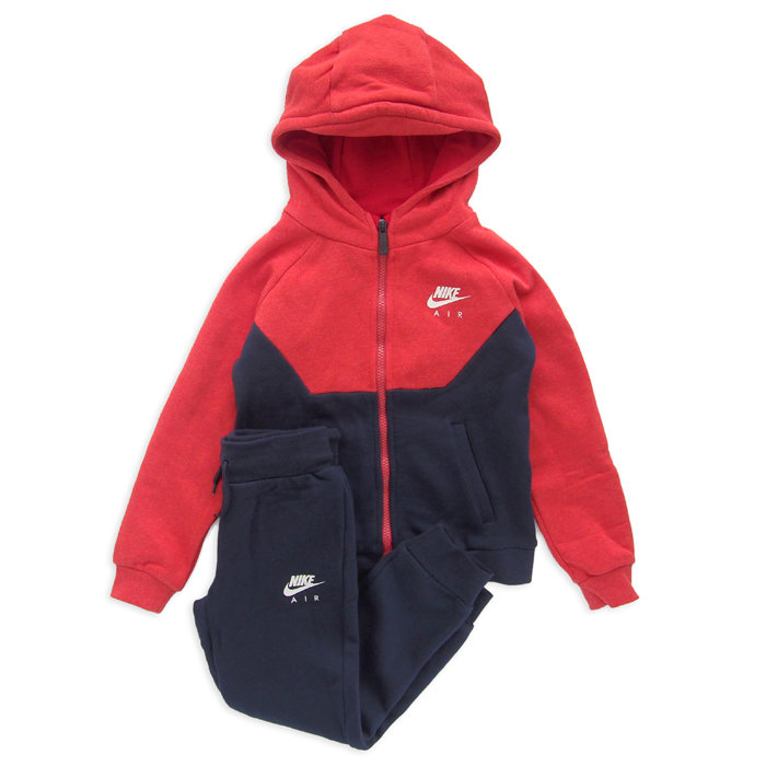 NIKE BOYS air track suit (5-6歳)