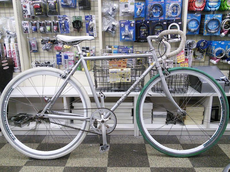 【クリックで詳細表示】〔中古自転車〕a.n.design works(エーエヌデザインワークス) トラックレーサー ピストバイク 700C シングル又は固定 フロントクイックレリーズ シルバー