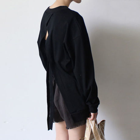 back opened cotton t-shirt