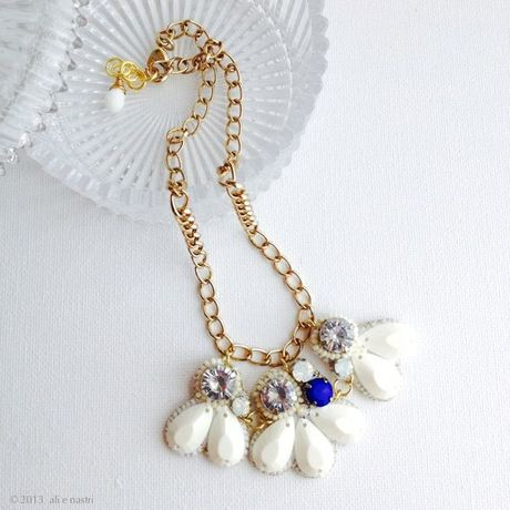 Embroidered Jewels Necklace (WHITE×BLUE/G)