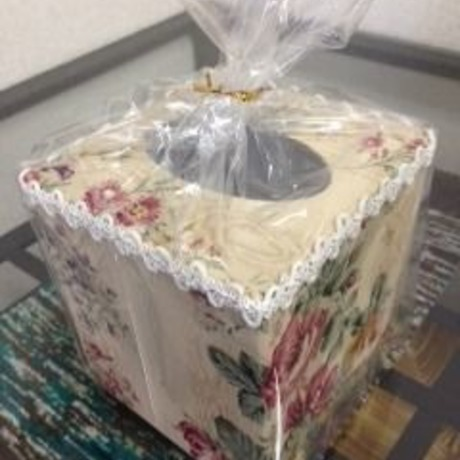 TISSUES FLOWER BOX