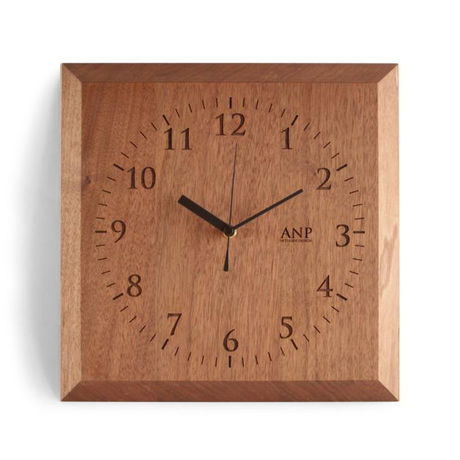 ANP CLOCK / Walnuts