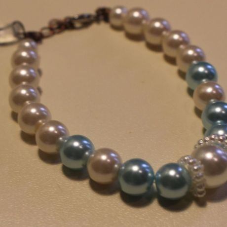 Hearts Pearl bracelet : blue , white , brown