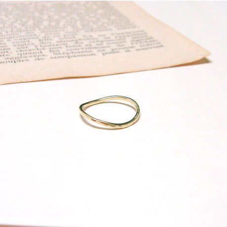 Brass curve ring(真鍮カーブ華奢リング)