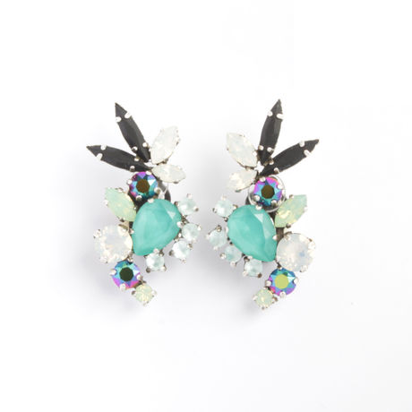 SCARAB16E14  Earrings  (MINT)