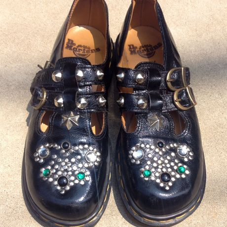 dr martens mary jane patent studded