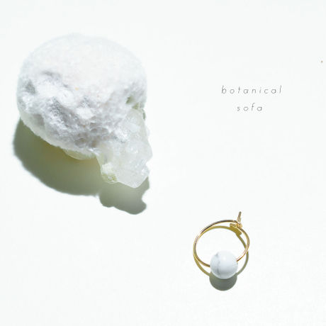 White howlite pierce _14GF ring