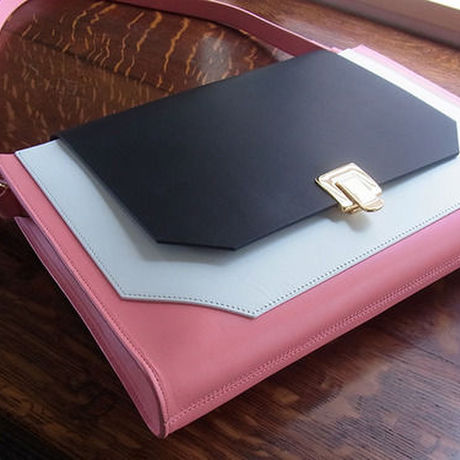 BIG CLUTCH BAG - PINK
