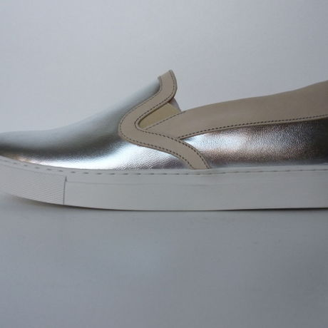 Ladies Slip On Sneaker SLV