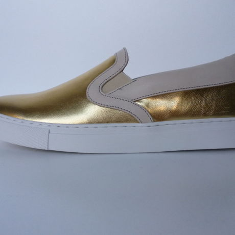 Ladies Slip On Sneaker GLD