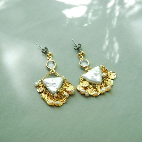 SHELL COLLECTOR earrings