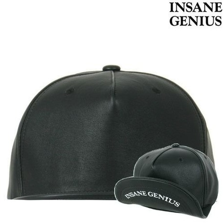 【INSANEGENIUS】Black on Black leather スナップバック