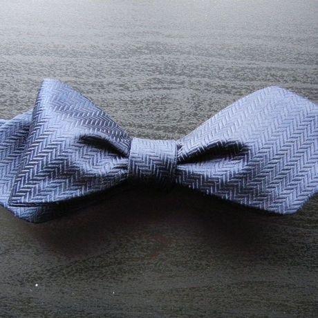 3P Silk Herringbone Butterfly Tie (Navy)