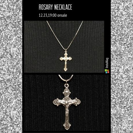 Rosaly cross necklace
