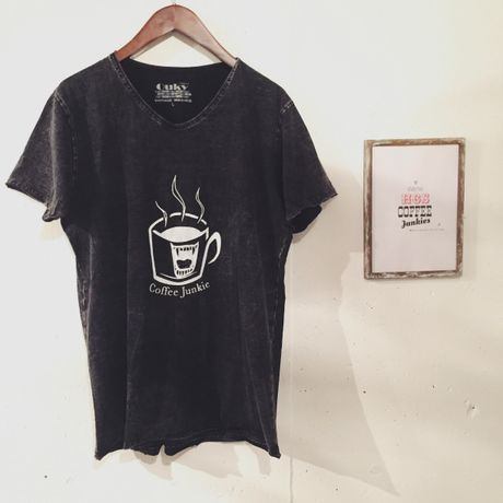 Coffee Junkie Vintage Washed T(ブラックLサイズ)