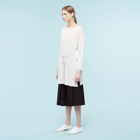 Long t-shirt with lateral splits HT9110