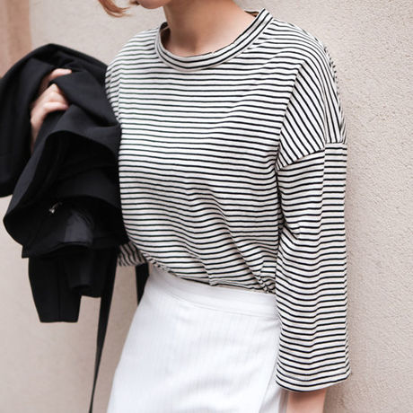 Loose fit Striped T-shirt (予約商品-6月下旬~7月上旬発送予定)