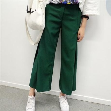 Retro-chic wide pants
