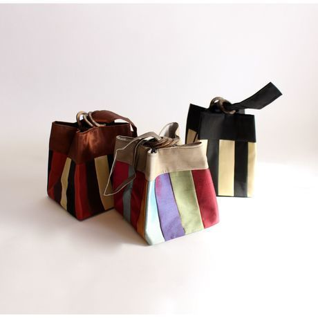 Vietnam Fair - pouch three rings stripe