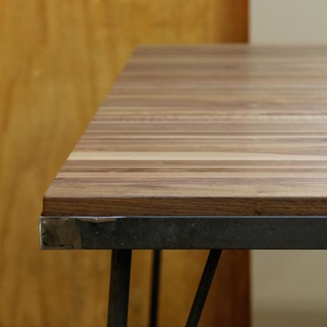 Rayas Dining Table