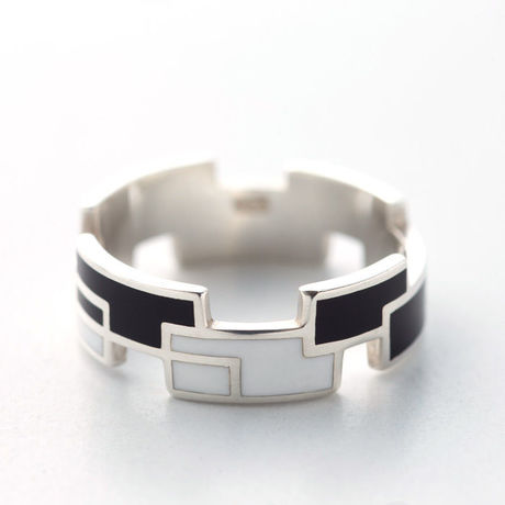 RING RECTANGLE(W) 【COLOR : BLACK / WHITE】