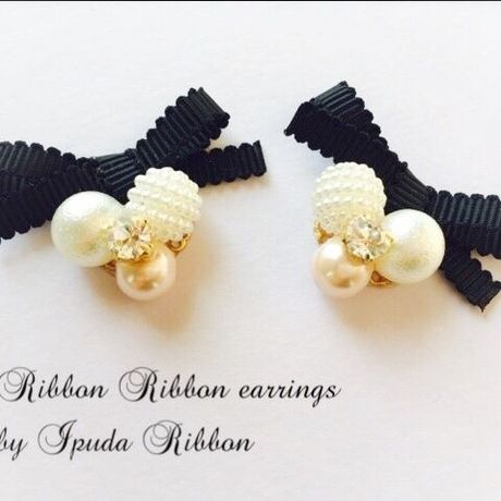 【再販】ブラックRibbon Ribbon earrings by IPUDA RIBBON
