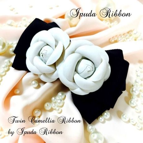Twin White Camellia Ribbon by IPUDA RIBBON