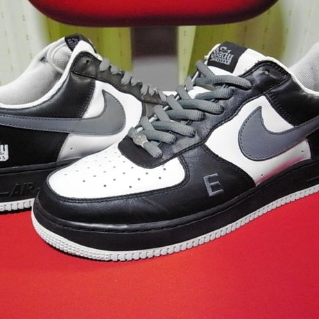 NIKE AIR FORCE1 EMINEM