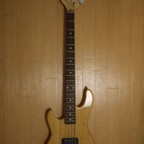 G&L Tribute Series L-2000 LH (NAT/R) Left Handed レフティベース
