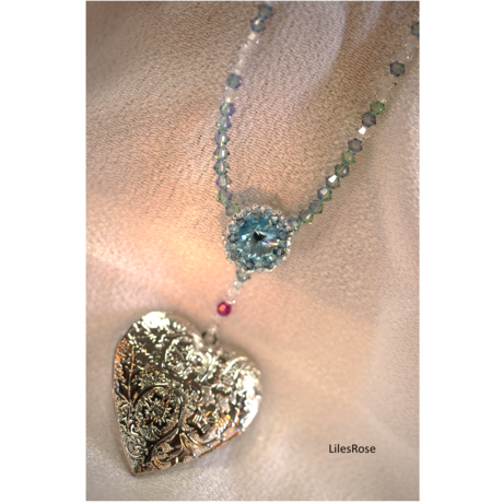 Rose-window and heart Locket ~Aquamarine color~