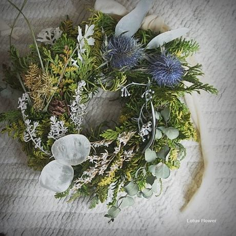 Fresh Greenwreath Eryngium&Lunaria
