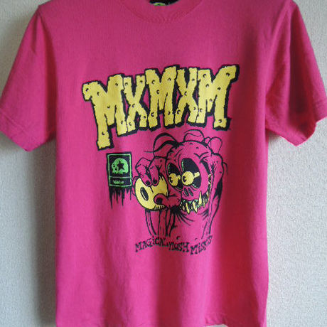 【Magical Mosh Misfits】ピンクTシャツ