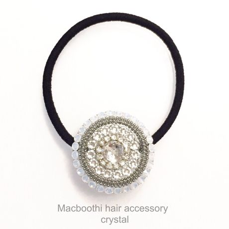 Macboothi hair accessory / crystal