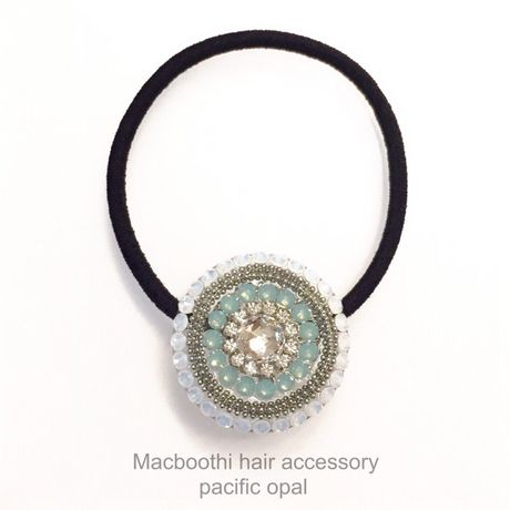 Macboothi hair accessory / pacific opal