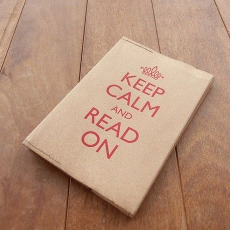 KEEP CALM AND READ ON  ブックカバー