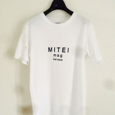 first issue T-shirts white