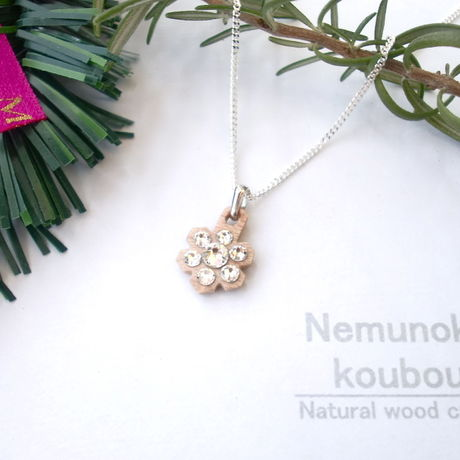 Timber necklace (Swarovski)「Lapland Snow」
