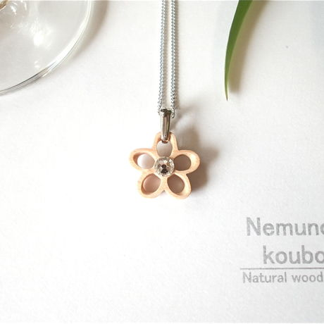 Timber  necklace (Swarovski)「Flower」type2