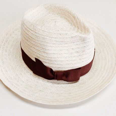 Bordeaux hat