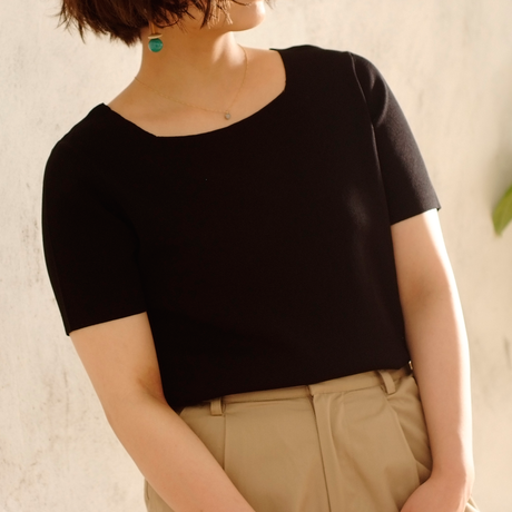 Square neck Knit T-shirt