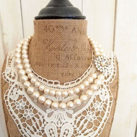 cotton pearl clasp necklace