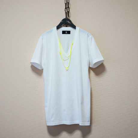 RACINESS Necklace T-Shirt