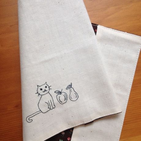 bookcover (cat & fruits)