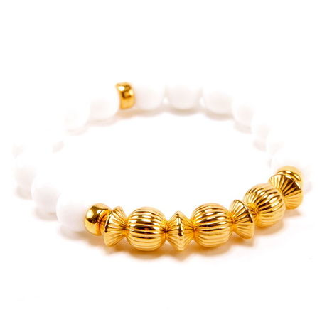 WHITE ONYX & GOLD BALL BRACELET -10mm-