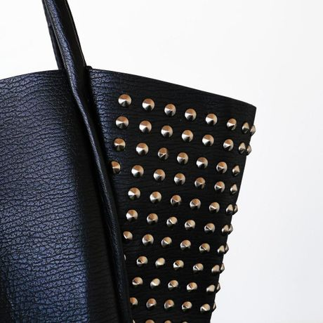 STUDDED HAND BAG - Black