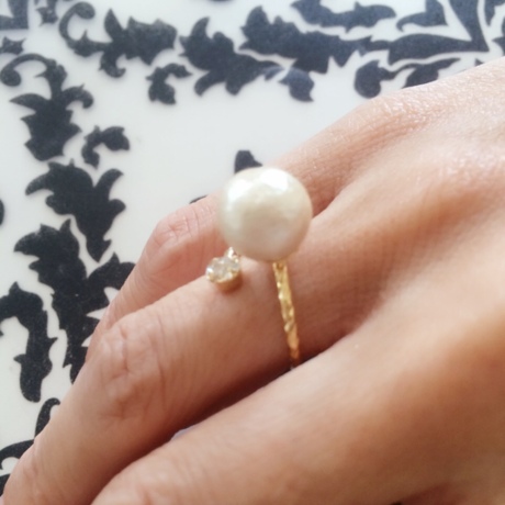Cotton pearl Folk Ring