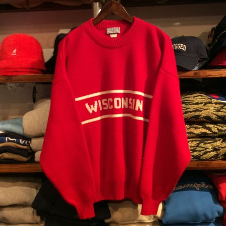 wear a knit WISCONSIN sweter