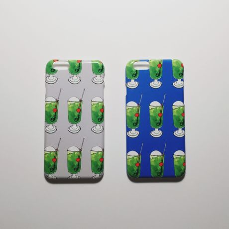 iPhone case / cream soda