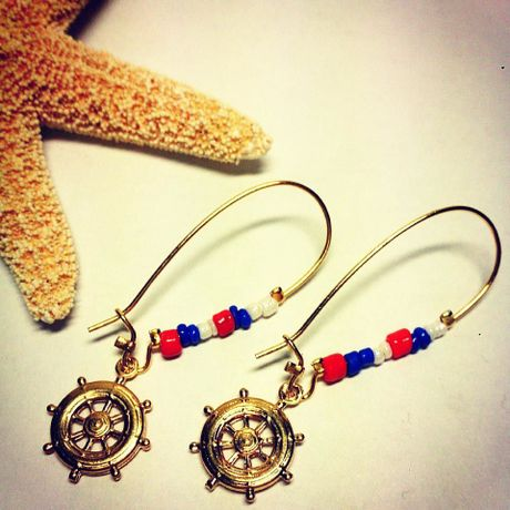 Marine Color Earrings